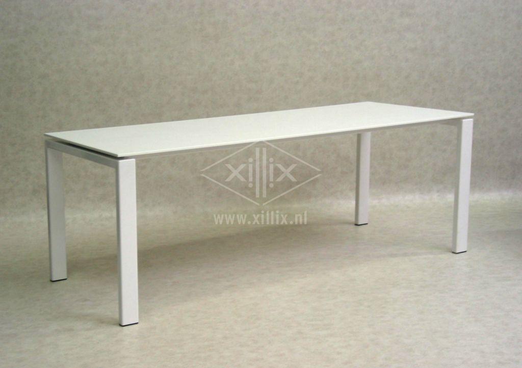 Tafel Wit Blad Houten Poten.Xillix Roestvrijstaal Design Tafel Op Maat