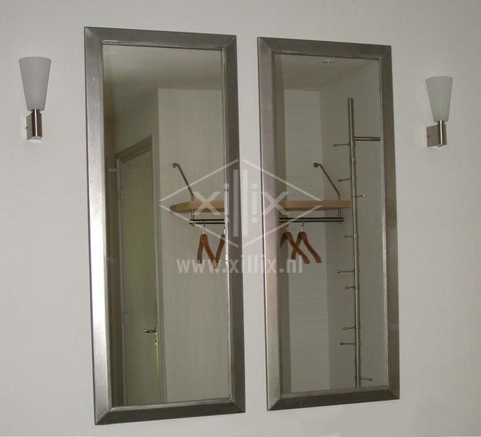 op maat gemaakte spiegels met rvs rand xillix.nl