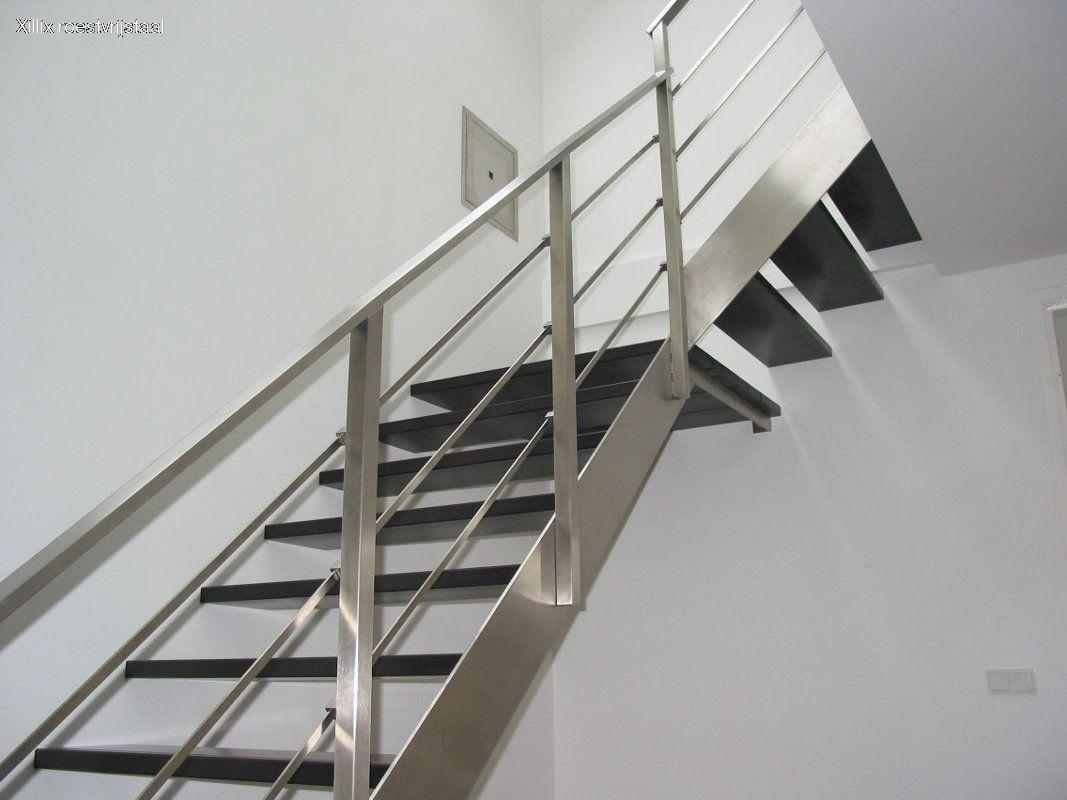 strak roestvrijstalen traphek, vierkante connectors