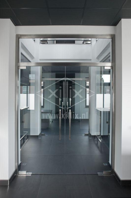 op maat gemaakt rvs deurkozijn xillix.nl