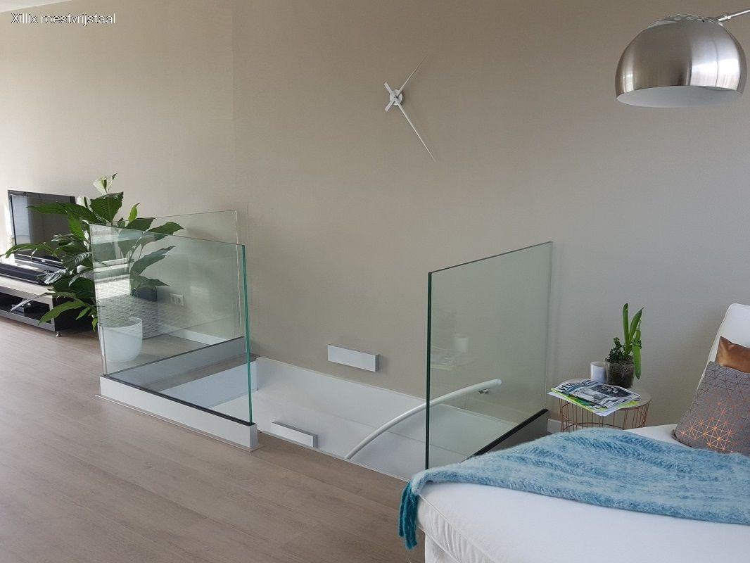 volledig glazen balustrade met open karakter xillix.nl