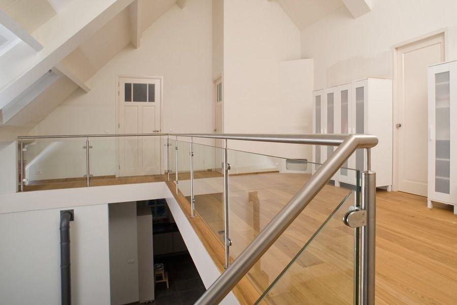 Xillix roestvrijstaal trap of tafel op maat - Balustrade trap ...